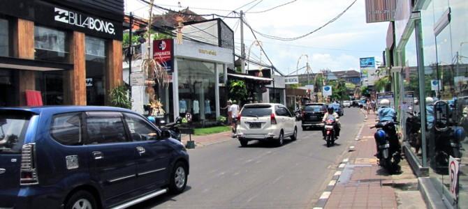 Best Private Villas in Walking Distance to Bali's Famed 'Eat Street'
