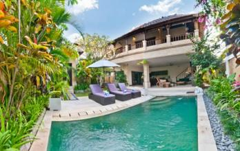 Choices of 2-bedroom Pool Villas for Rent in Central Seminyak, Bali