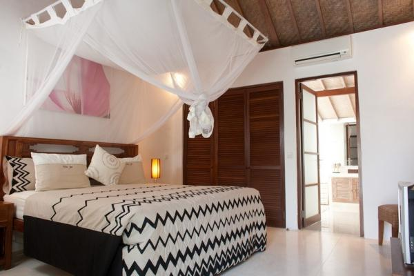 Bedroom 1 With AC And Canopied Bed