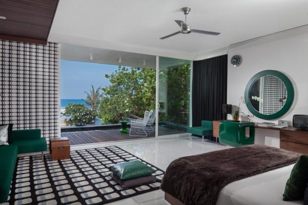 Green Bedroom Own Terrace Overlooking Pool And Ocean