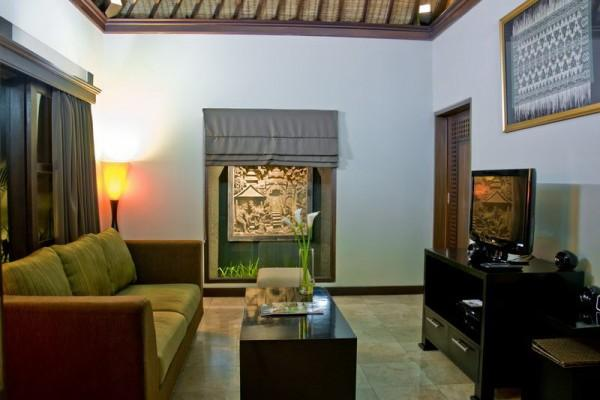 One Bed Villa Air Conditioned Living