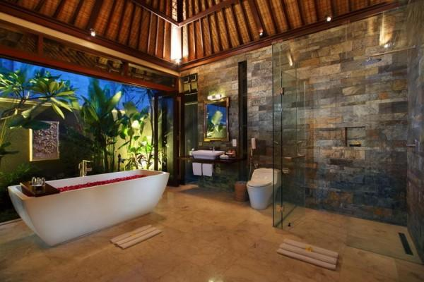 Three Bedroom Pool Villa Bathroom