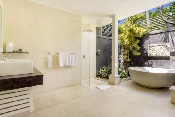 Villa Alun Bathroom (master Bedroom)