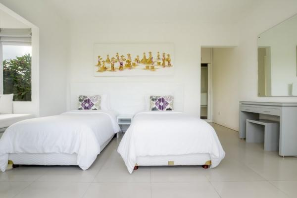 Villa Alun Guest Bedroom