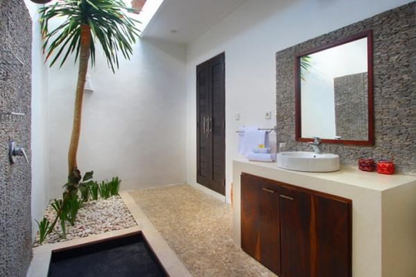 Semi Open Style Bathroom With Single Wastafel And Rain Shower