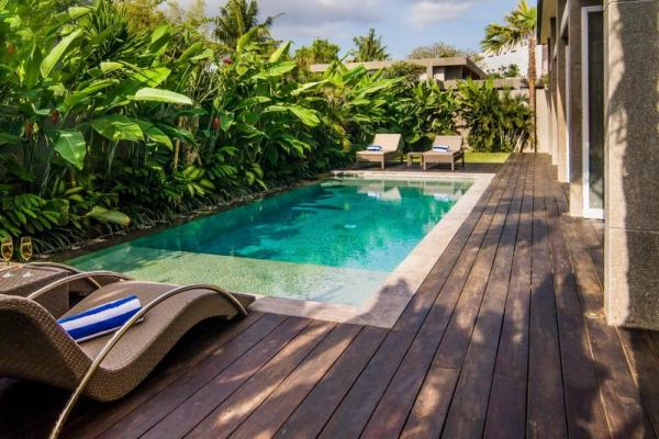 Private Pool With Sun Loungers