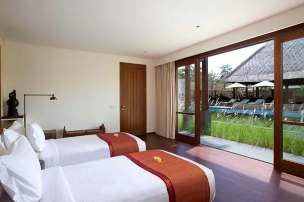 Villa Satria Twin Bedroom