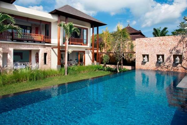 Villa Satria The Pool